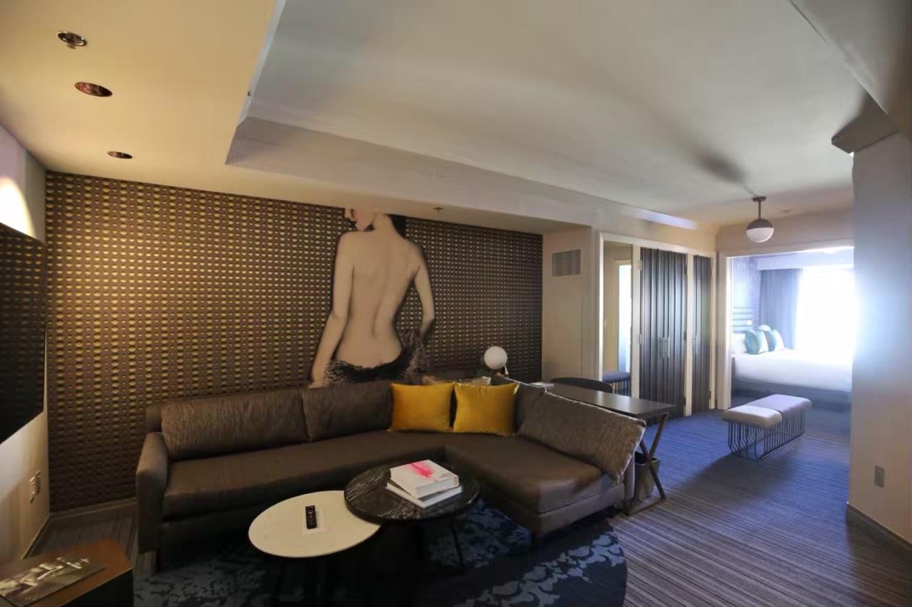 Cosmopolitan living room las vegas