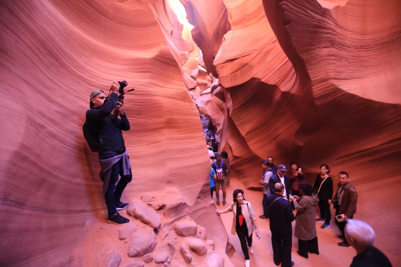 lower antelope canyon crowded