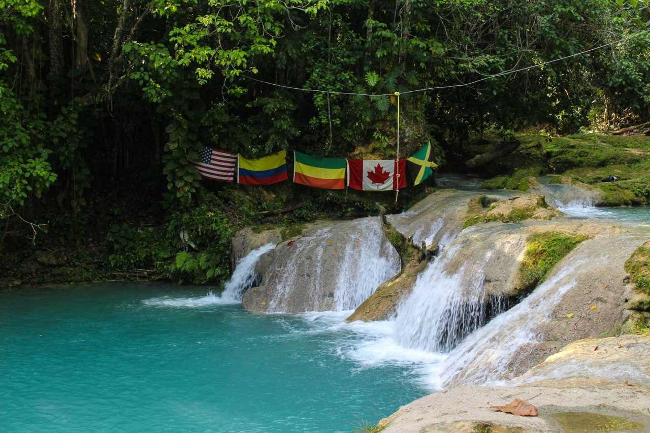 blue hole waterfalls jamaica